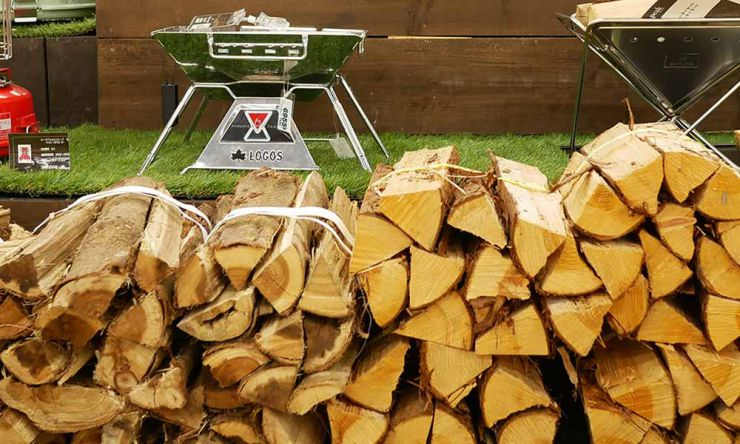 針葉樹の薪