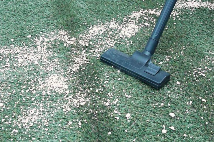 人工芝の掃除